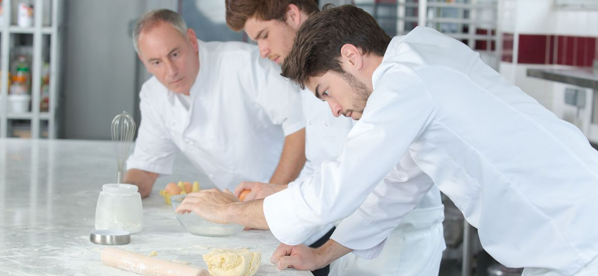 Tips for Training Your Bakery Team
